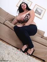 vintage big boobs cinthia myers