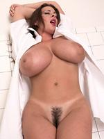hot chick with big boobs