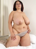 largest natrual boobs in the world