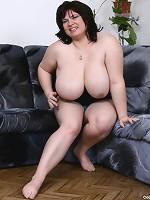 big huge boobs titties full nipples