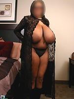 hot mom with bid boobs