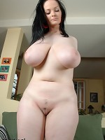 yougn hairy pussy big boobs