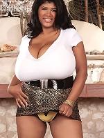 look at small gril boobs