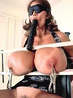 big boobs aussie busty kelly