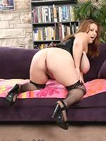 shaved pussy big boobs handjob