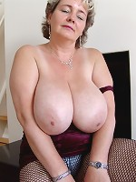 woman like their boobs sucked on