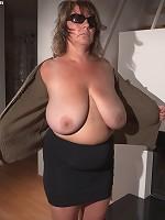 my boobs look good here