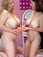 hot grils photos of thier boobs