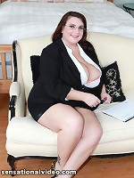 pregnant belly photos with boobs