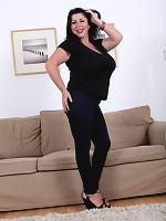 vintage big boobs teachers hamster