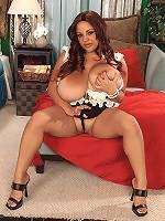 big boobs bust tiny bra